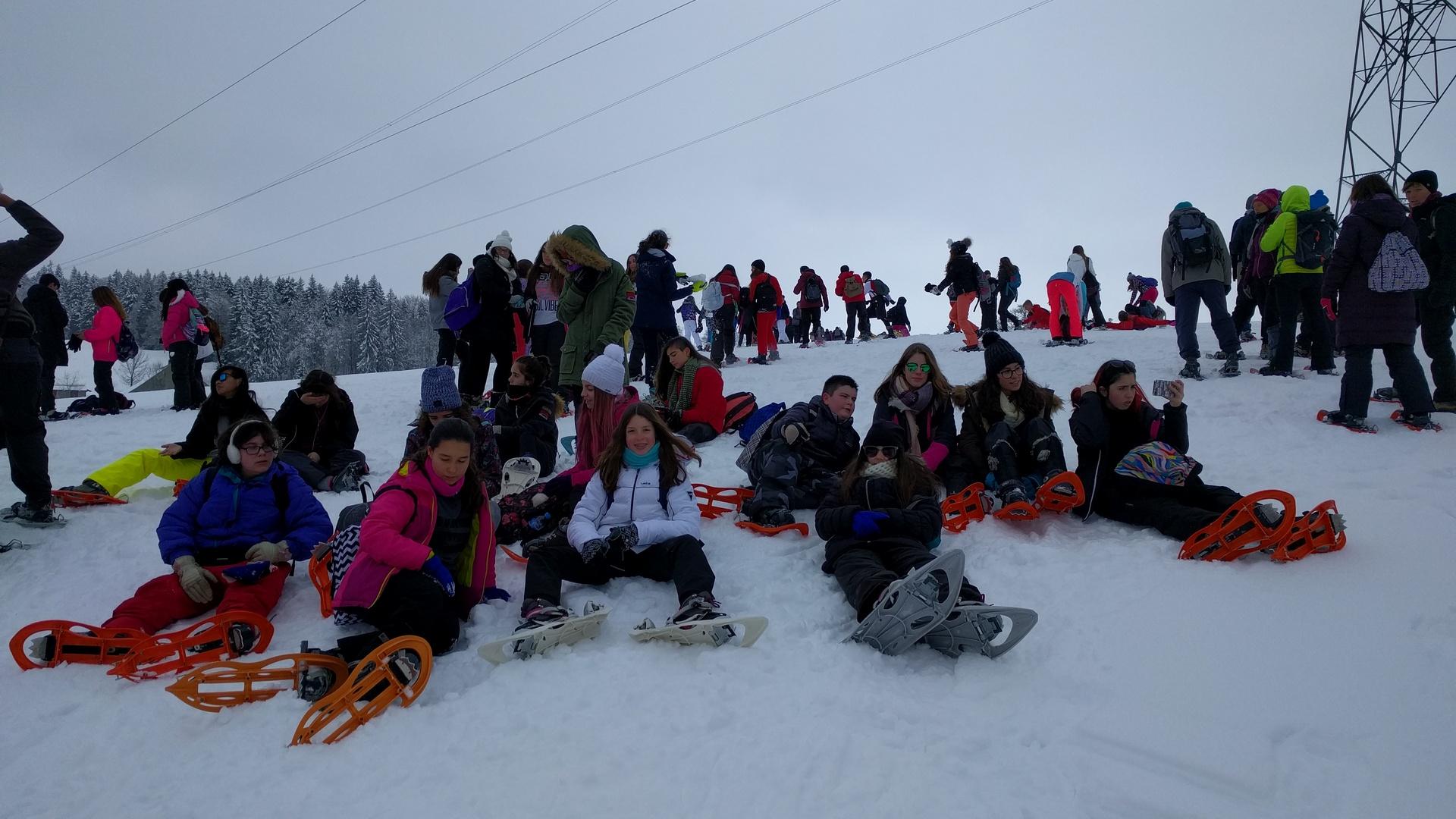 20mar-excursin-con-raquetas-de-nieve-con-los-franceses-en-el-plateau-de-retord01