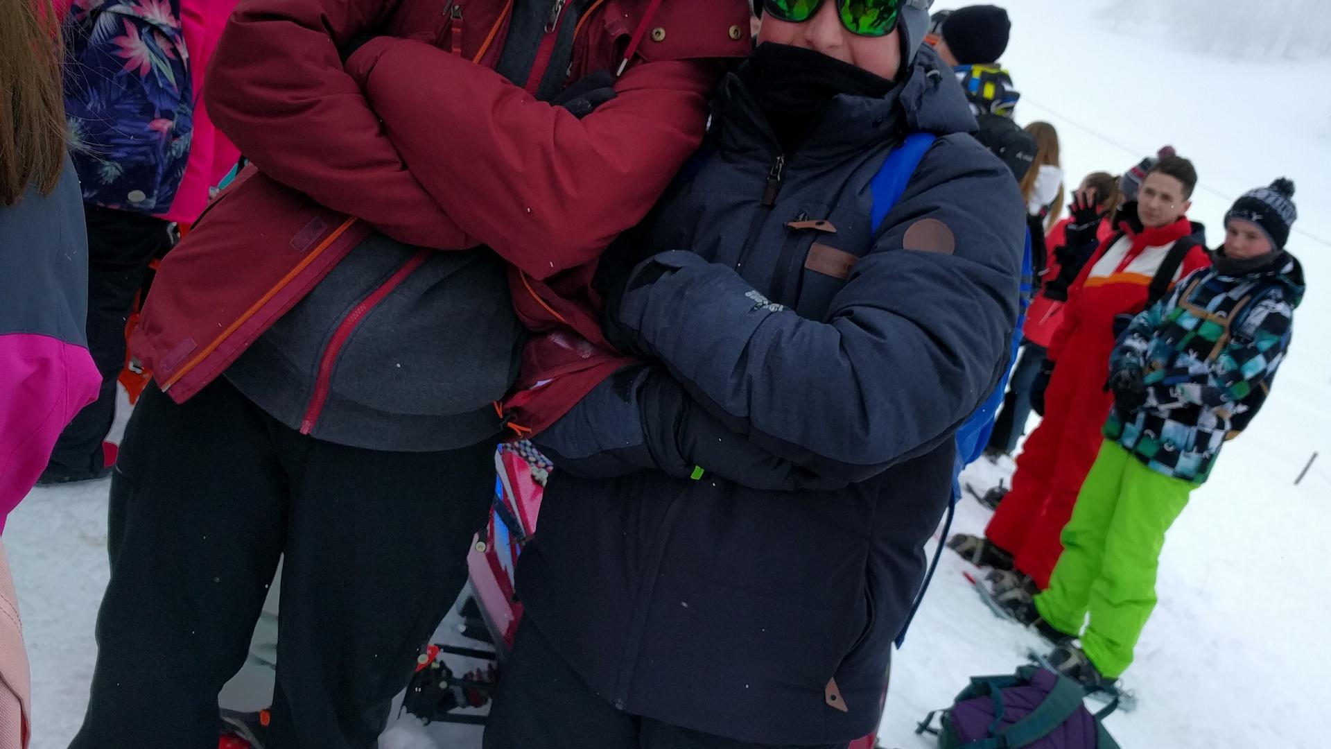 20mar-excursin-con-raquetas-de-nieve-con-los-franceses-en-el-plateau-de-retord04